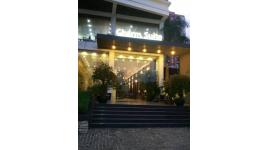 Khách Sạn Charm Suite Sài Gòn