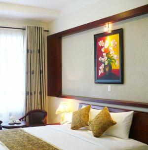 Khách sạn Thành Phố