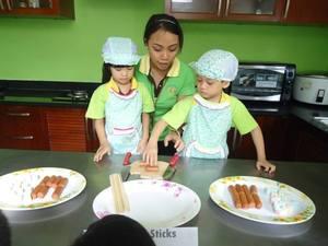 Công Ty TNHH Giáo Dục Quốc Tế Kids World