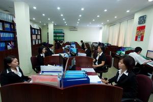 Công ty TNHH Hoàng Gia Luật