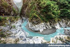Công ty Cổ phần Dịch vụ và Du lịch Việt Phong
