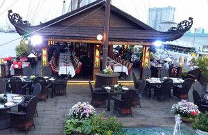 Nhà hàng Elisa Floating Restaurant
