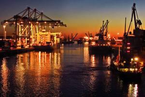 Công ty TNHH Thương mại & Tiếp vận Toàn Cầu