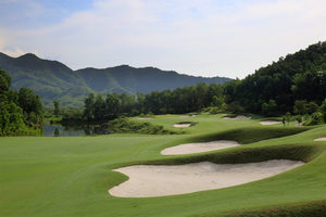 Sân gôn Bà Nà Hills Golf Club